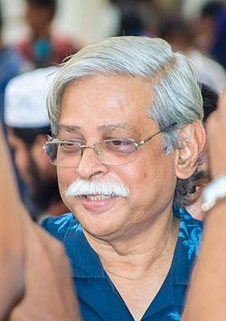 ডঃ মুহম্মদ জাফর ইকবাল ছুরিকাহত । সূত্র____ গাঢ় অন্ধকার ঘনিষ্ঠ আলোর পরিপূরক । রাহুল গঙ্গোপাধ্যায়